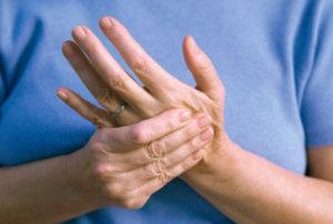 اعراض التهاب الاعصاب في اليد